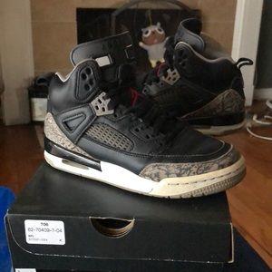 Jordan Spizikes size 3.5